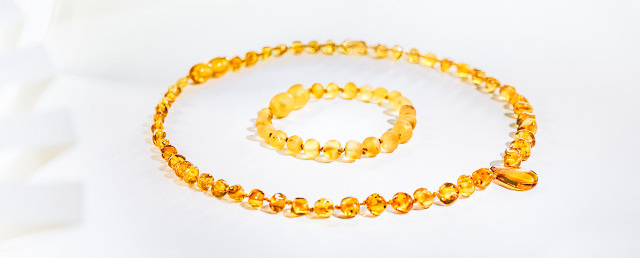 finest amber necklaces and bracelets at wholesale South Africa